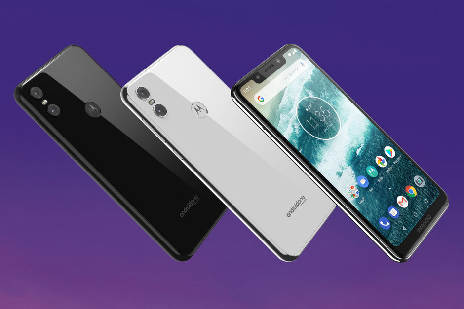 Motorola One out in the US, debatable notch and a debatable price